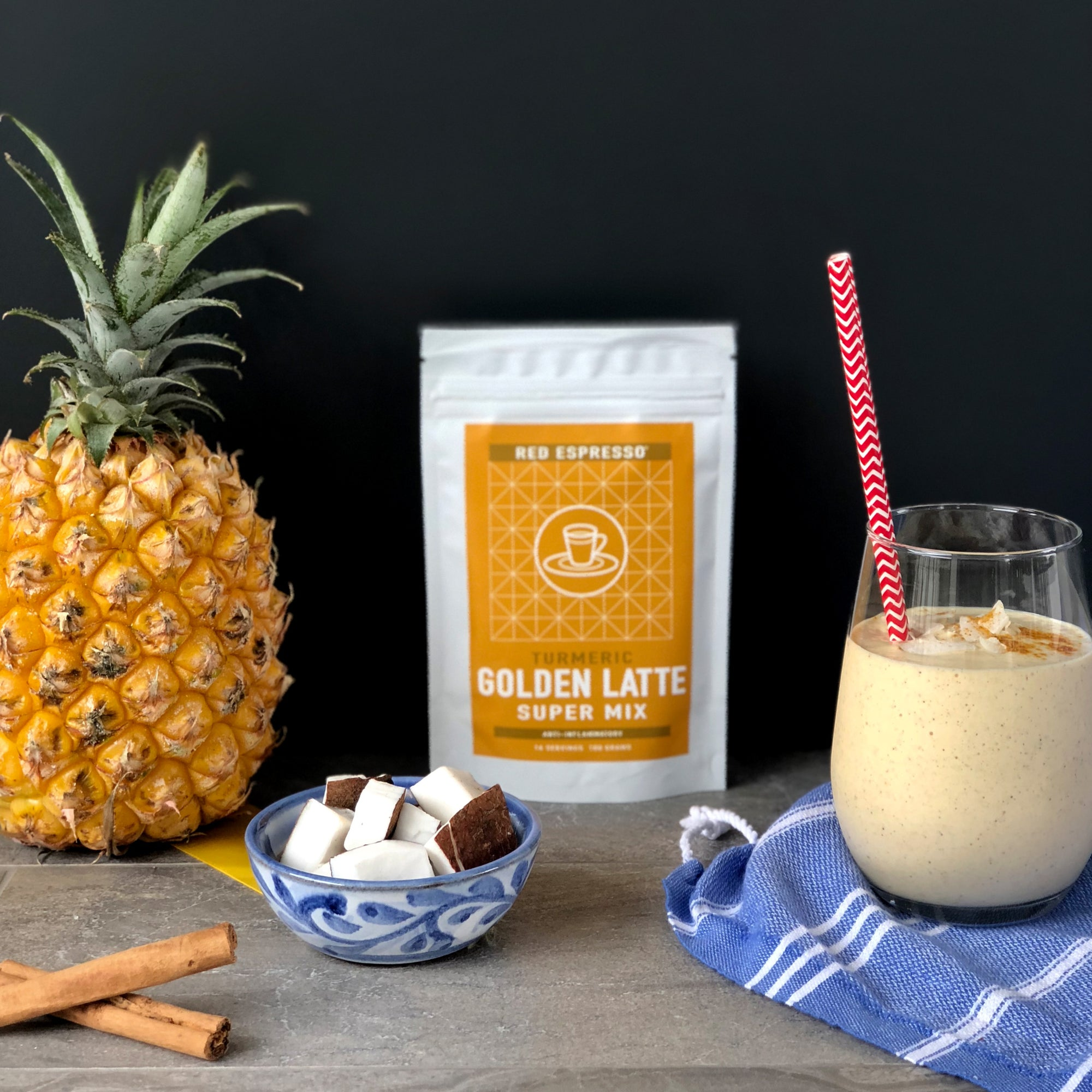 Pineapple turmeric smoothie
