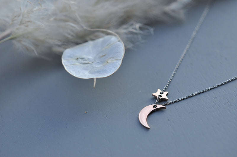 MOONCHILD Moon & star necklace