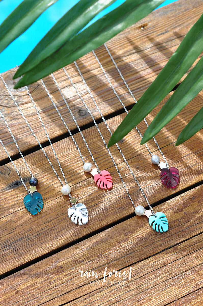 Necklace PLEXI MONSTERA / Ogrlica PLEXI MONSTERA