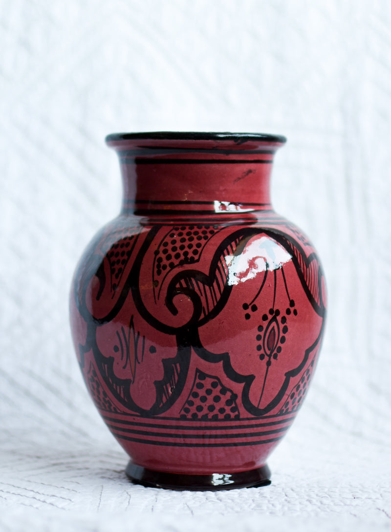 Safi Vase - Black on Red