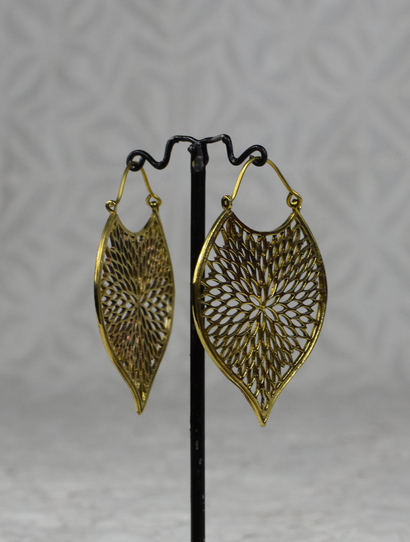 Petal Cutout Earrings