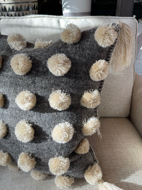 Handwoven Chiapas Pompom Pillow Grey