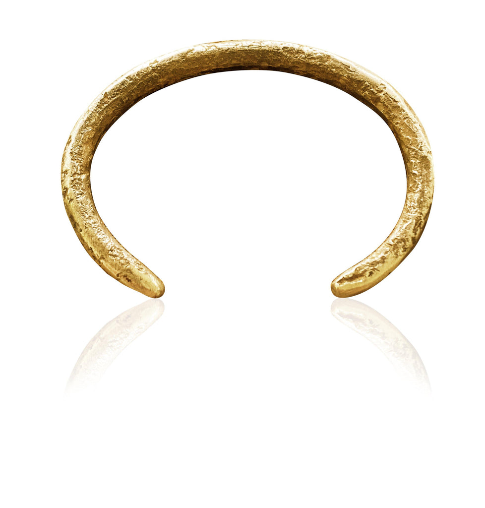 Ladies Forged by the Ocean Bangle in 18ct Gold