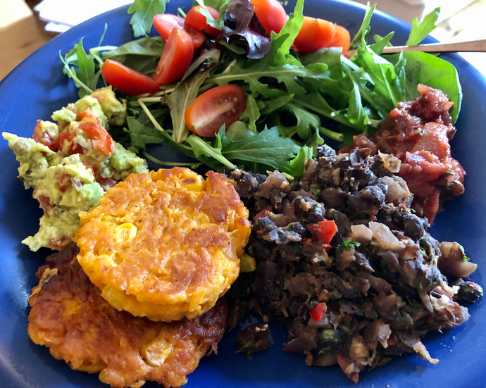 Mexican feast with sweet potato fritters 🌶️ 💃