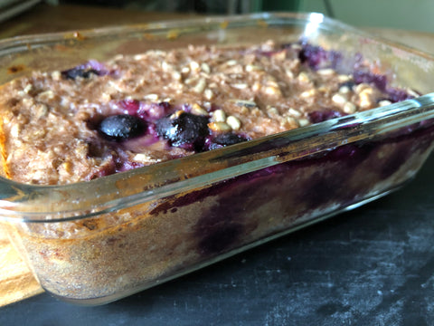 Baked Oats banana & blueberry