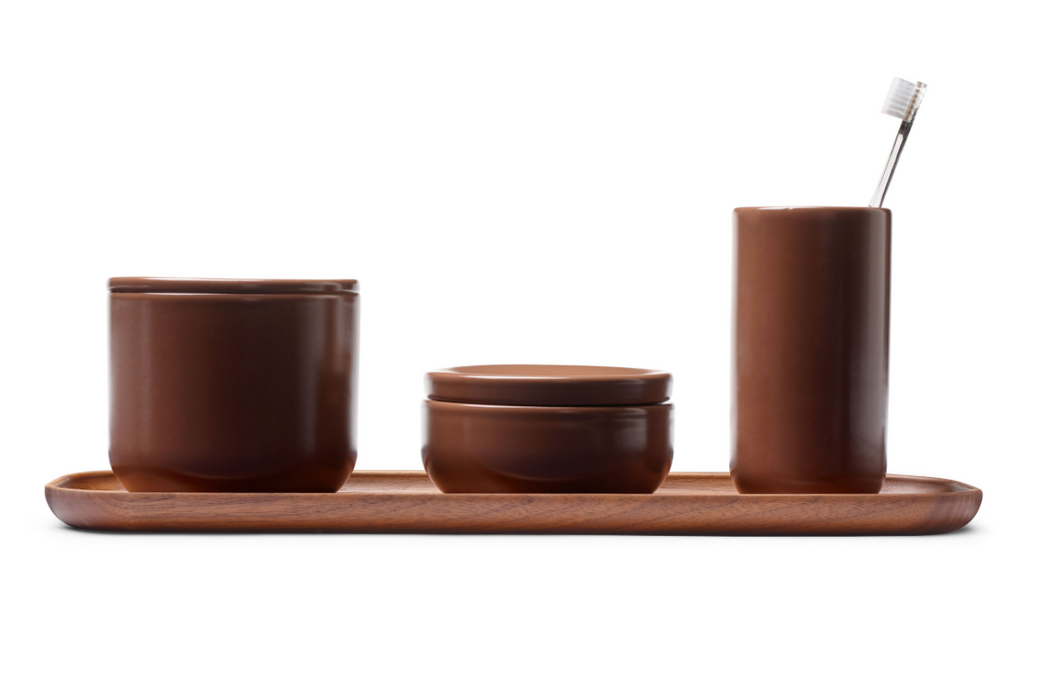 Bathroom set in mocca ceramic