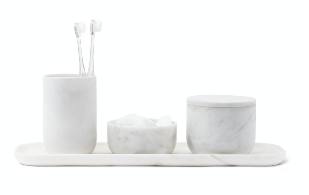 Bathroom set in carrara marble