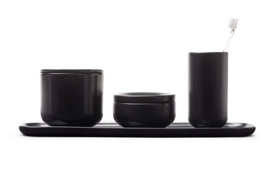 Bathroom set in black ceramic