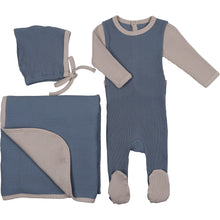 Blue/Taupe Color Me cozy Layette Set