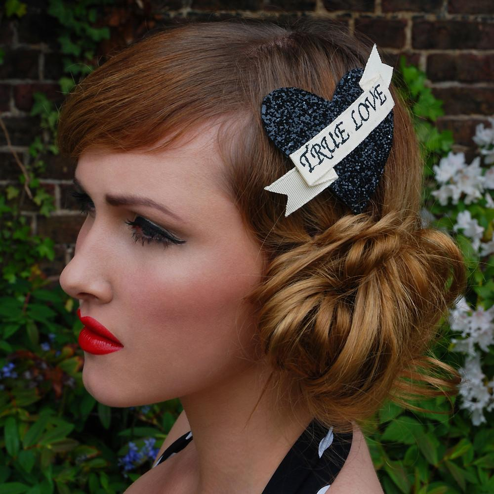 Dollydagger Black Super Glitter True Love Hair Clip