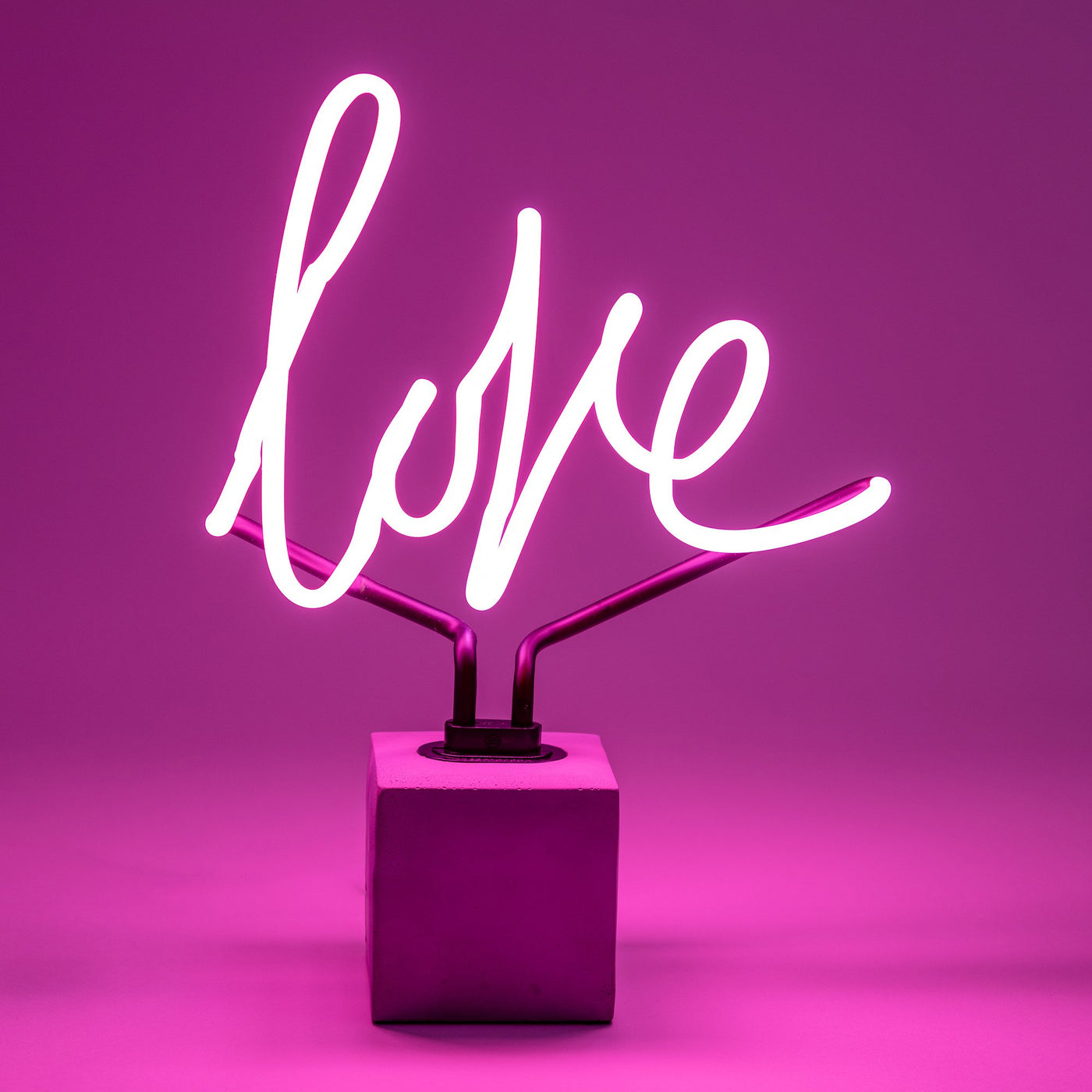 Pink Neon Love Light Locomocean