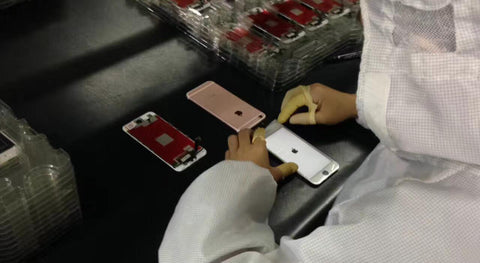 iPhone screen repair - quality inspection - power on test - celltech