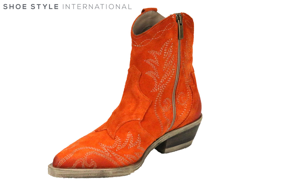 Emanuelle Crasto 211R Orange