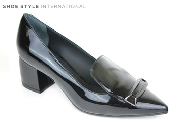 Evaluna 765, Low Block Heel with a Pointed toe. At the front of the shoe there is a Black bar across the front. Perfect Shoe for any occasion wear. Colour Black. Shoe Style International, Wexford, Gorey, Ireland
