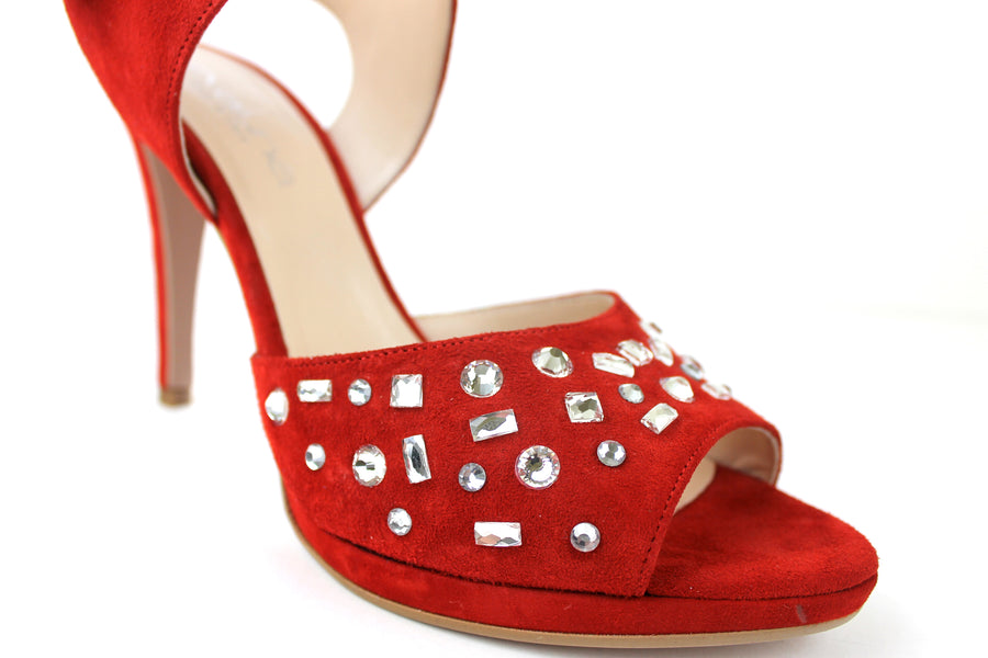 Evaluna 9142, Open toe sandal with Ankle Strap closing. Colour is Red. There is diamante detail on the front of the strap on the strap across the foot. Occasion wear shoe. Shoe Style International