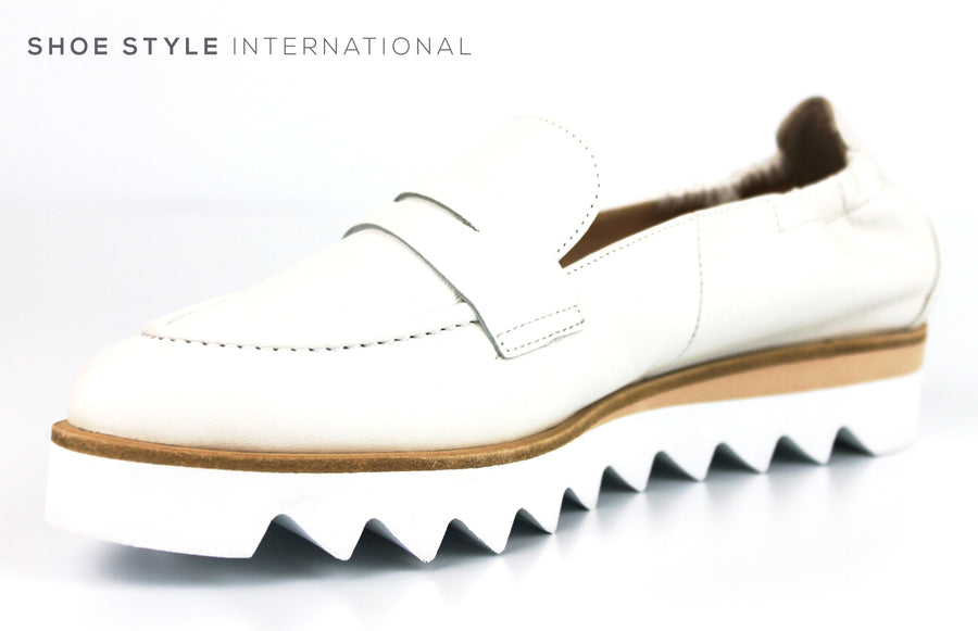 Hogl 0802, Flat Slip-on Causual Shoe in White Colour and Soft Leather finish with a pointed toe, Ireland Shoe Shops online, Shoe Style International, Location Wexford Gorey, Ireland