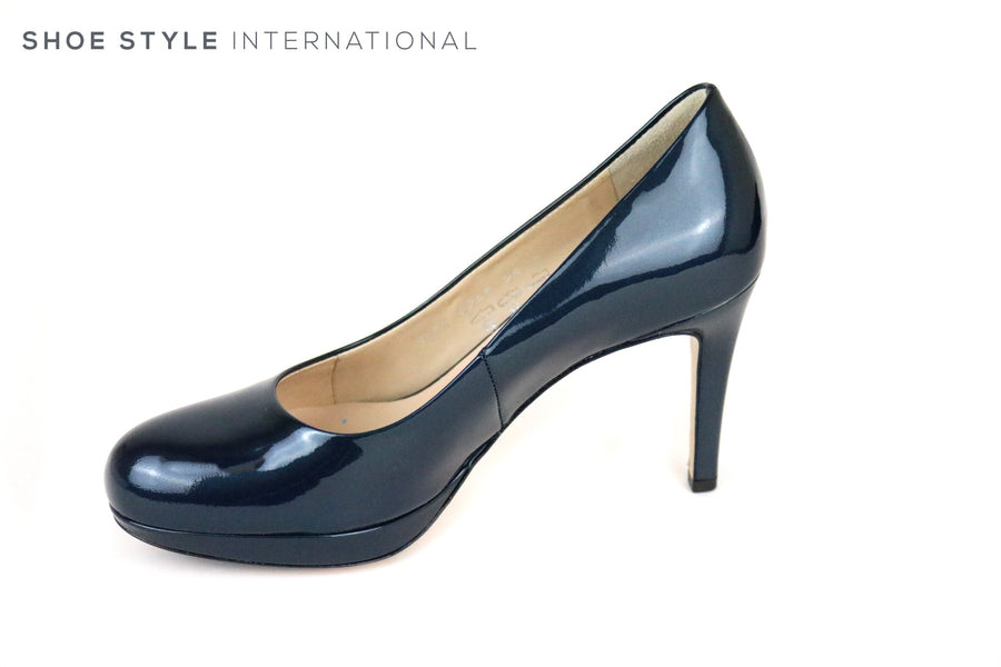 Hogl 8005, Classic High heel with a Platform at the front and a Round toe finish. Colour is Petrol Blue. Shoe Style International