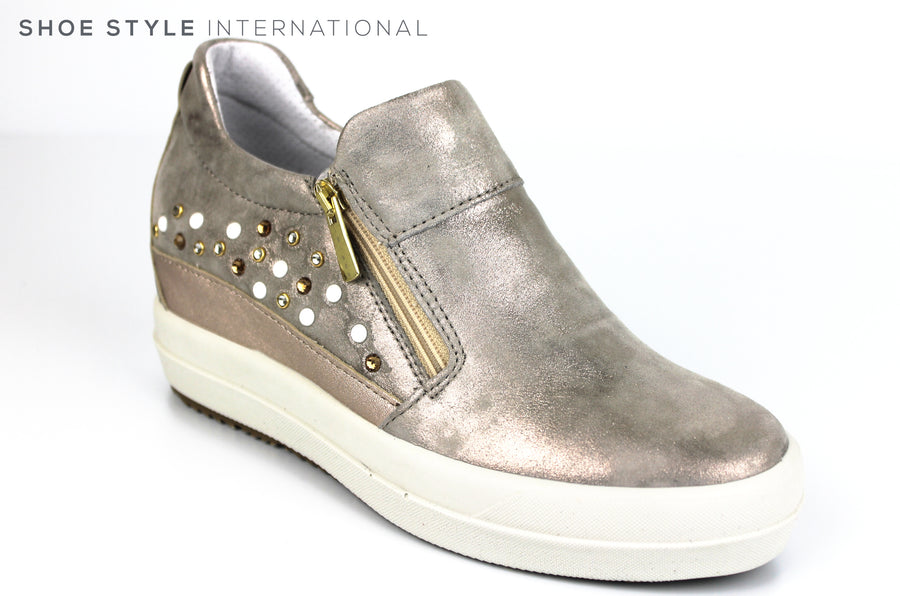 Igi & Co 3158844, Casual Wedge Shoe with side Zip Closing colour Taupe with embellishments, Ireland Shoe Shops online, Shoe Style International, Location Wexford Gorey, Ireland