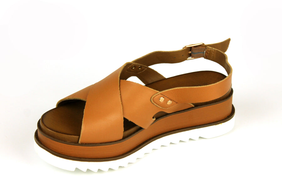 Inuovo Sandals, Inuovo 129003 Tan Open Toe Sandal with Ankle Strap Closing. Shoe Style International, Online Shoes in Ireland, Location Wexford and Gorey Ireland