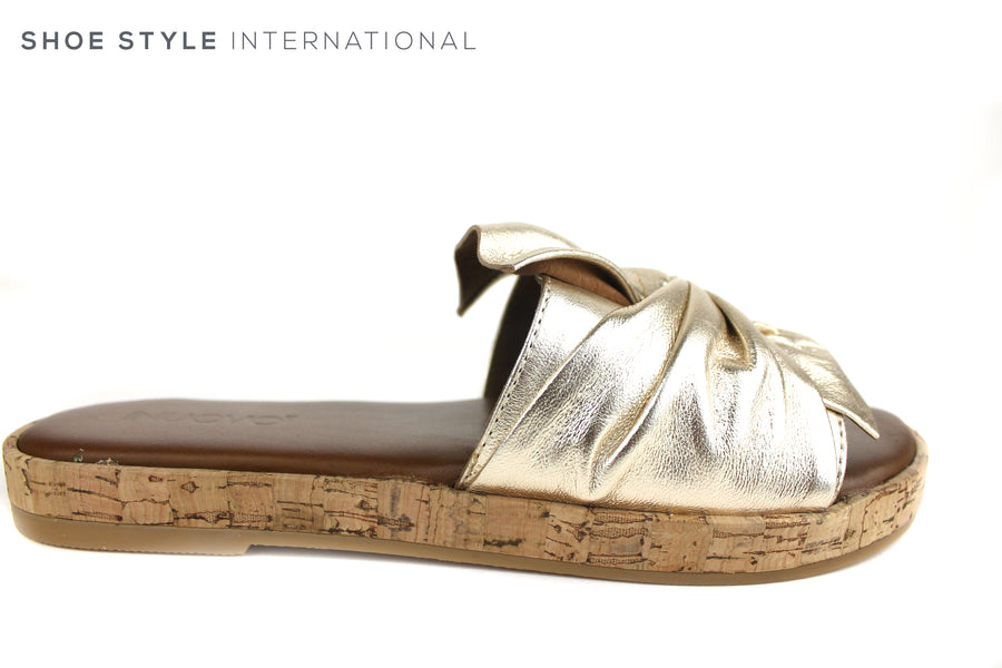 Inuovo 8266, Slider with bow detail, Slide into this wonderful colour gold slider with a gold bow at the front. Shoe Style International