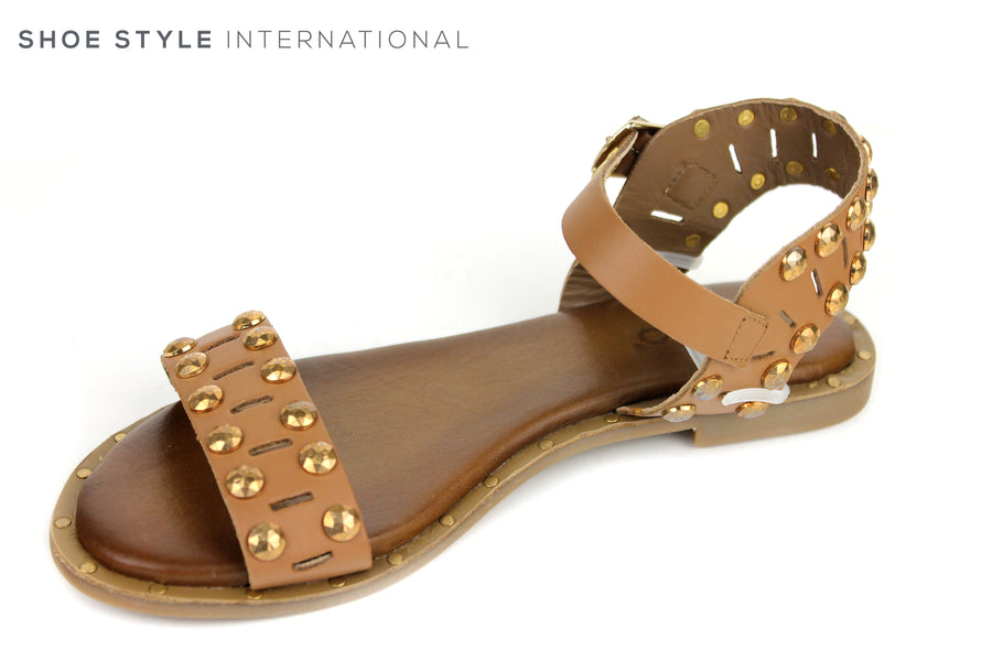 Inuovo 8373, Open toe Sandal with ankle strap closing. Colour tan with Gold studs across the front strap and on the ankle strap. Shoe Style International