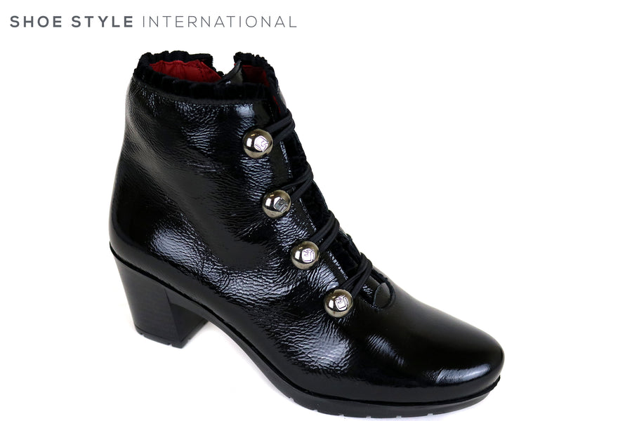 Jose Saenz 5176, High heel ankle boot with Silver Ball Embellishments, Black Leather boot, Occasion wear, Ireland Shoe Shops online, Shoe Style International, Location Wexford Gorey and Ireland
