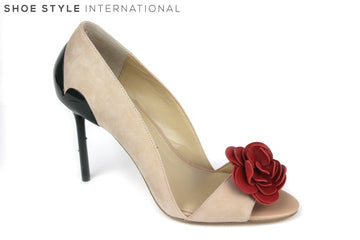 Katy Perry Faye, Peep toe shoe with Rose flower detail on the front. The Heel also has thorns and is green, the shoe represents a Rose Bush. Block Colour Nude. Shoe Style International Wexford Gorey Ireland