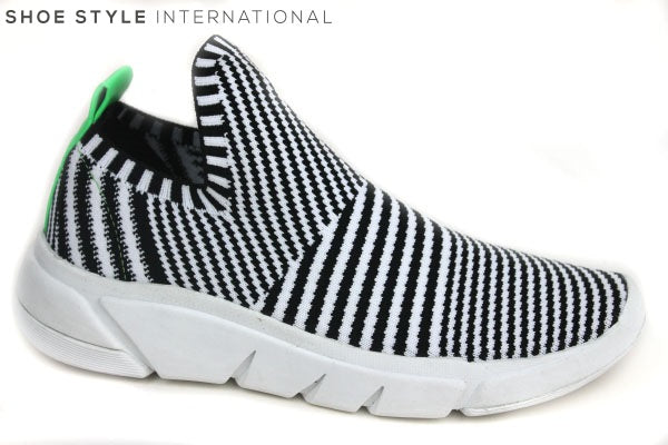 KENDALL + KYLIE Caleb slip-on Trainer, Colour Black/White, Shoe Style International Wexford Gorey Ireland