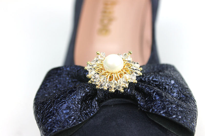 Le Babe 3088 low court shoe with bow detail at the front. Occasion wear for comfort. Colour Navy, Shoe Style International