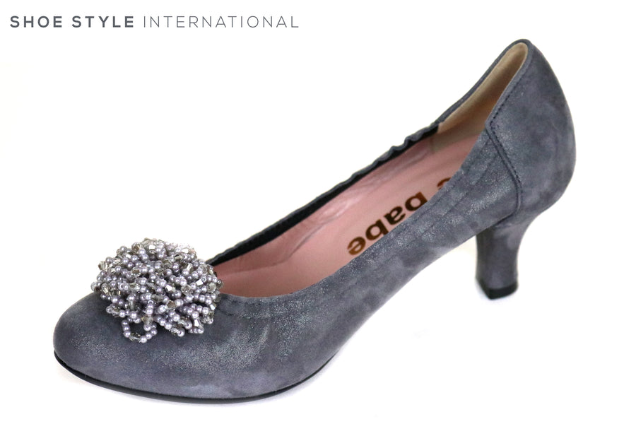 Le Babe 3002 is a Low Heel Court Shoe, Colour is Grey with a Grey Tassle at the front of the foot, Ireland Shoe Shops online, Shoe Style International, Location Wexford Gorey and Ireland