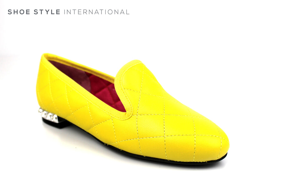 Le Babe 2795, Slip-on Closed toe flat loafer, Ballet Flat pump, Colour Lemon in Leather with Diamante heel embellishment Ireland Shoe Shops online, Shoe Style International, Location Wexford Gorey, Ireland