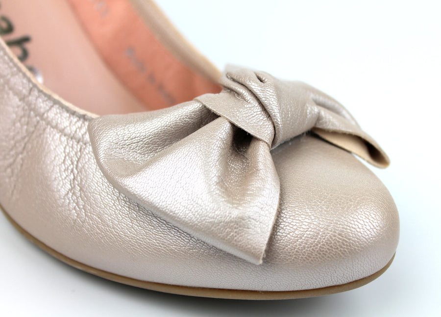 Le Babe 3081 Closed Toe Low Heel Court Shoe with Bow Detail, Colour Dusty Pink, Ireland Shoe Shops online, Shoe Style International, Location Wexford Gorey, Ireland