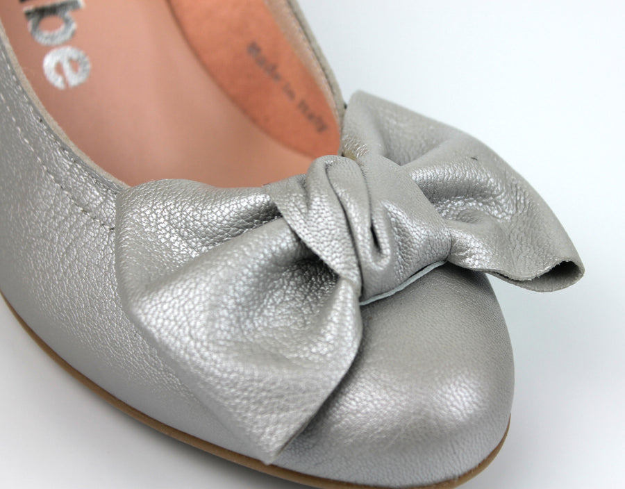 Le Babe 3081 Closed Toe Low Heel Court Shoe with Bow Detail, Colour Dusty Grey, Ireland Shoe Shops online, Shoe Style International, Location Wexford Gorey, Ireland