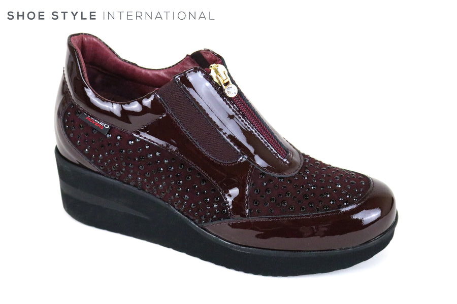 Marco More 241, Marco Moreo Movers colour Burgundy with dark embellishments around the shoe. Zip for closing the shoe at the top. Shoe Style International, Wexford, Gorey, Ireland, Shoe shopping online