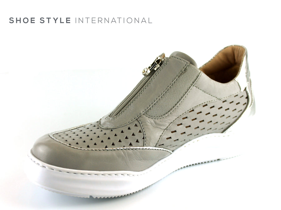 Marco Moreo 411 Grey Silver Colour, Flat Shoe with front Zip Closing, Ireland Shoe Shops online, Shoe Style International, Location Wexford Gorey, Ireland