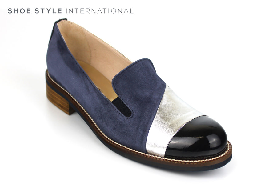 Marco Moreo 461, Slip-on loafer with a Tone Detail in Navy/ Silver, Ireland Shoe Shops online, Shoe Style International, Location Wexford Gorey, Ireland