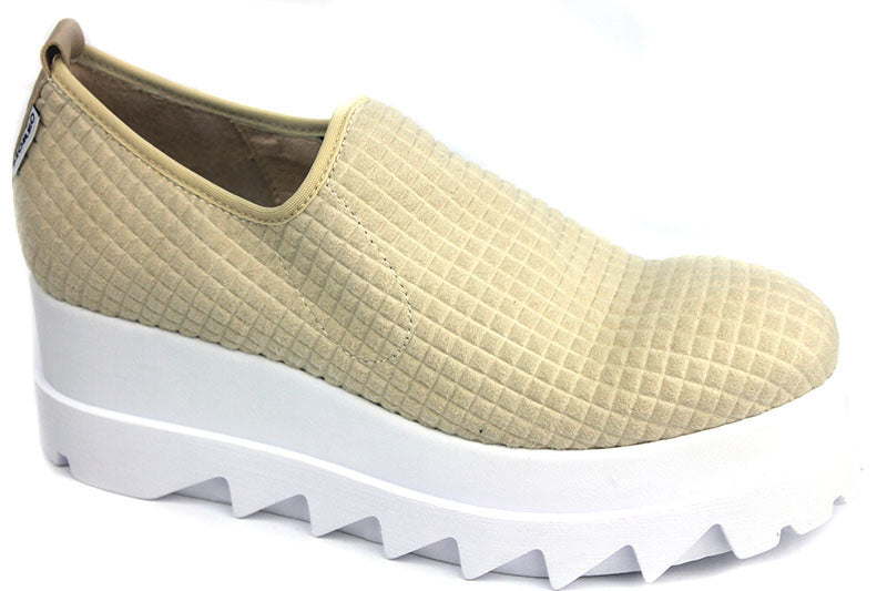 Marco More 072, Flaform Loafer in colour Cream. The material is textured material with a desing, the Flatform is White in Colour. Shoe Style International, Wexford, Gorey, Ireland