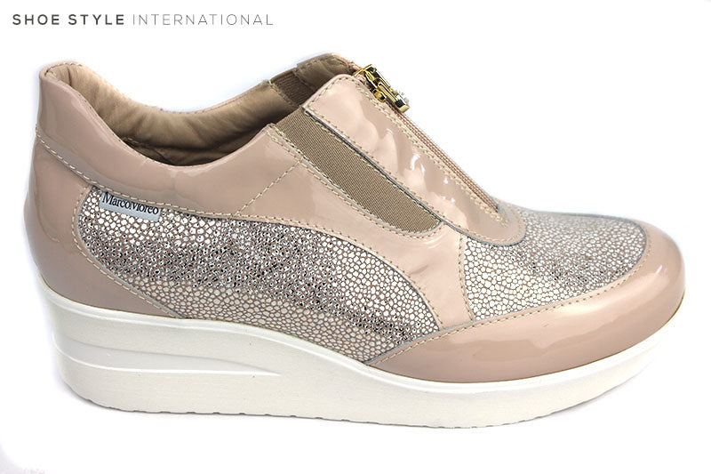 Marco More 500, Casual Sport Wedge with Zip closing at thee front. Colour is Blush wihat a blush mettalic design at the front and sides. Shoe Style International, Wexford, Gorey, Ireland