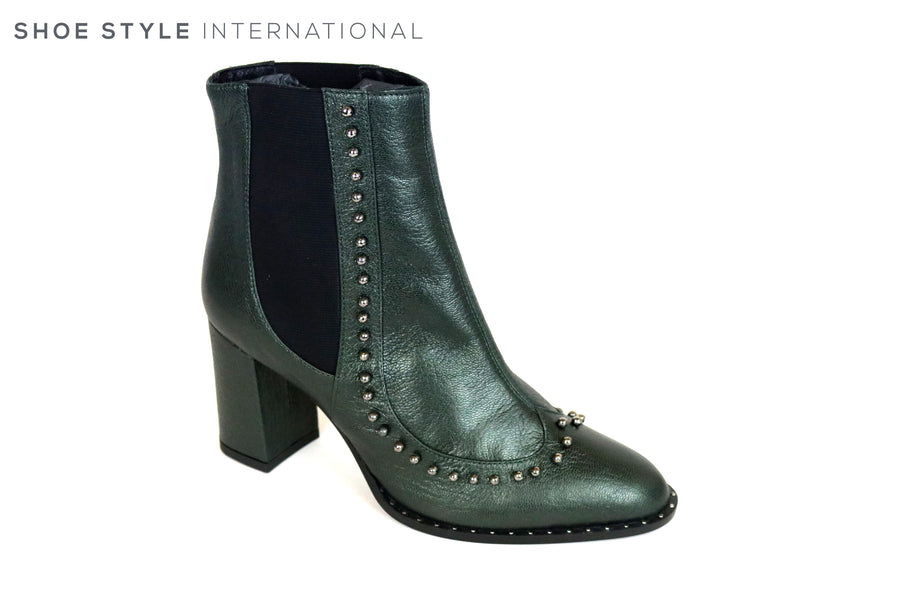 Oxitaly Grace 357, Pull-on High heel ankle boot in colour Mettalic Green, Stud detail on the front of the boot, Perfect boot for all wear,  Ireland Shoe Shops online, Shoe Style International, Location Wexford Gorey and Ireland