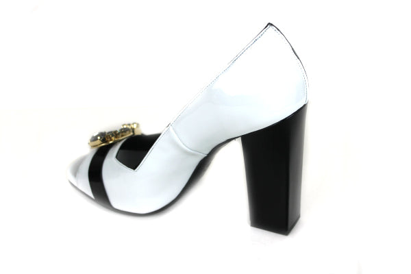 Oxitaly Sahara 440 , Block High Heel with Peep toe shoe, colour white/black, black on the block high heel with black broche detail on front of the shoe, shoe style international wexford gorey ireland