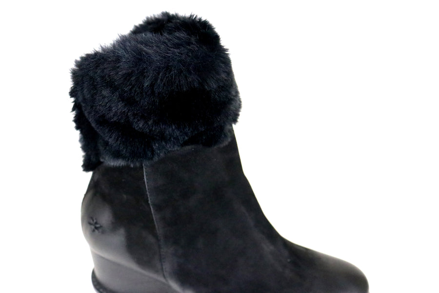 Patrizia Bonfanti, Wedge Ankle Boot with faux fur detail at the top. Colour Black, Autumn Winter, Shoe Style International, Wexford, Gorey, Ireland