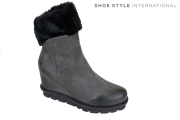 Patrizia Bonfanti, NafNaf, Wedge Ankle Boot in Colour Grey, with black fur faux at the top of the boot. Colour Grey. Autumn Winter 2018, Shoe Style International, Wexford, Gorey, Ireland, https://shoestyleinternational.com/