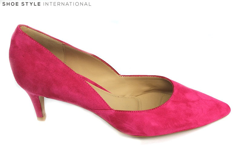 Perlato 10474 Suede low heel closed toe court shoe, perfect shoe for occasion wear, Colour Pink, Shoe Style International