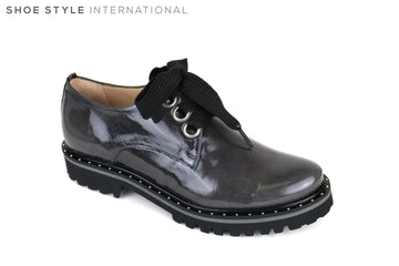 Perlato 10843, Brogue Shoe with large laces, Colour Dark Grey in Patent Leather, silver studding detail around the sole of the shoe and with a round toe finish, Shoe Style International, Wexford, Gorey, Ireland.  https://shoestyleinternational.com/