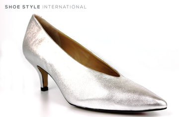 Perlato 10973,Colour Silver with a Pointed toe Court Shoe Occassion wear,Ireland Shoe Shops online, Shoe Style International, Location Wexford Gorey, Ireland