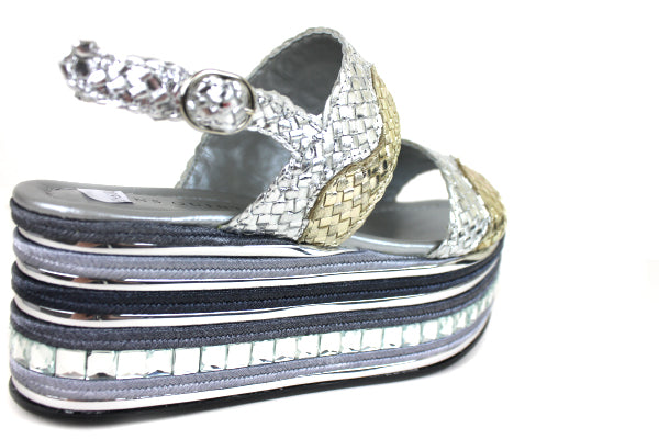 Pons Quintana 6993, Silver & Gold Wedge Sandal. Two Straps across the front of the foot with ankle strap closing. The Wedge has a line of diamamte detail. Shoe Style International, Wexford, Gorey, Ireland