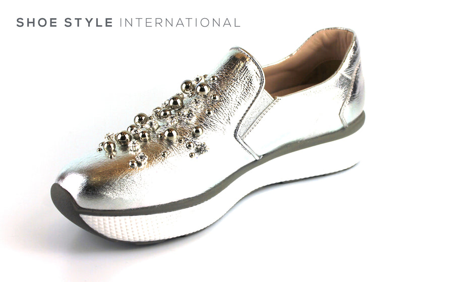 Pons Quintana 7960 Silver Slip On Shoe with Ball and Diamante Detail, Ireland Shoe Shops online, Shoe Style International, Location Wexford Gorey, Ireland