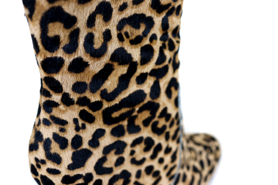 4b253a91e69 ... Steve Madden Editor Leopard print Ankle Boots with Block High Heel and Side  Zip Closure