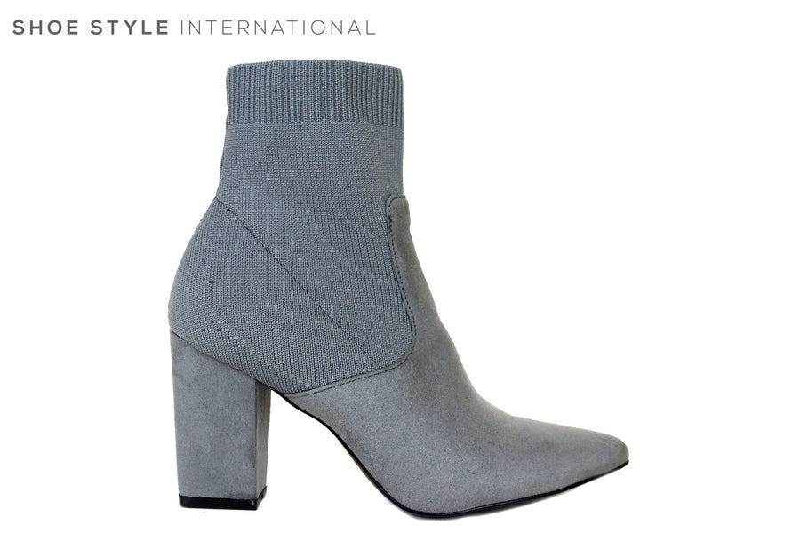 Steve Madden Renne, Grey Pull on Ankle Boot with pointed toe, Ireland Shoe Shops online, Shoe Style International, Location Wexford Gorey, Ireland