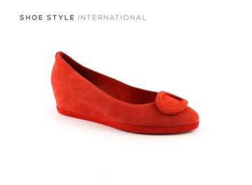 Hogl 4212 A Low Wedge with a Closed toe and an almond shaped toe in Red, Ireland Shoe Shops online, Shoe Style International, Location Wexford Gorey, Ireland